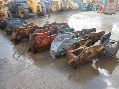Hydraulic Quick Hitches 10-30 ton
